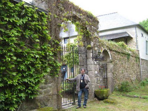 01. Aux portes de L'atelier de Gauguin